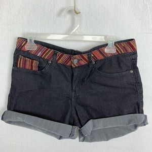 Prana embroidered black shorts size 6/28